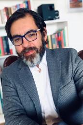Profesor Eugenio Bravo
